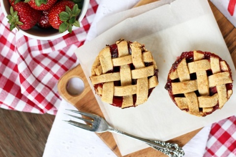 Little Strawberry Pies