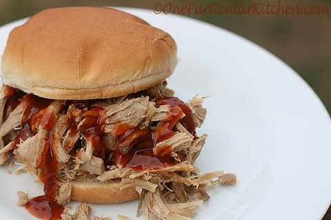 Slow Cooker Pulled Pork BBQ