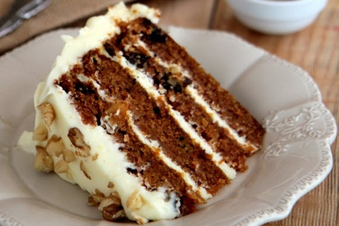 Mama Doroschs'Carrot Cake with Cream Cheese Icing