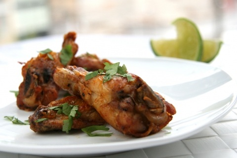 Crispy Baked Chicken Wings with Curry Lime Sauce
