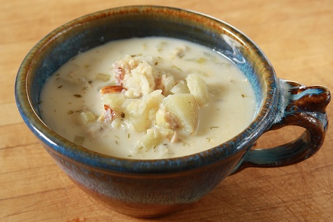 Smoked Salmon Chowder with Potatoes and Fennel