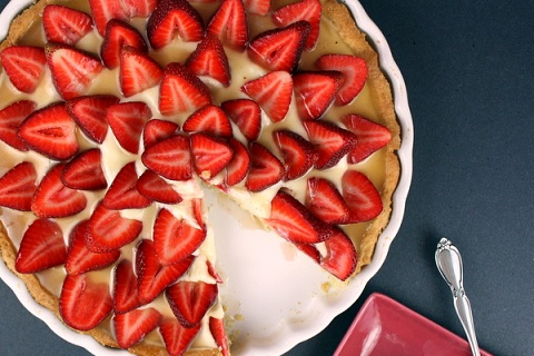 Strawberry Bourbon Tart with Bourbon Caramel Sauce