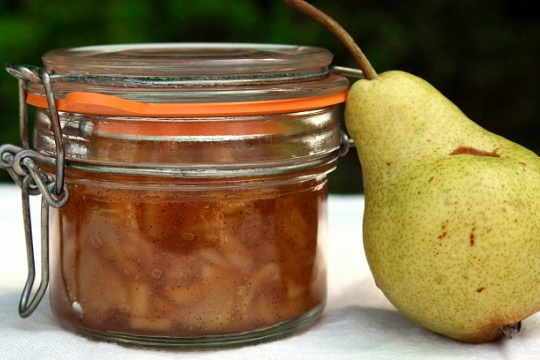 Caramelized Pear Jam with Vanilla Bean