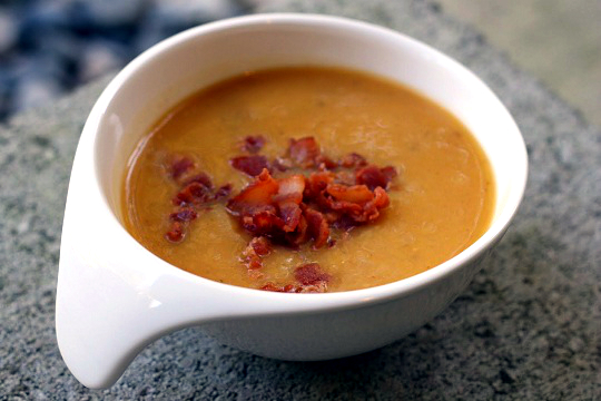 Butternut Squash Apple Bacon Soup