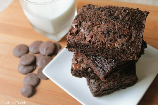Double Chocolate Fudge Brownies from Munchamunch