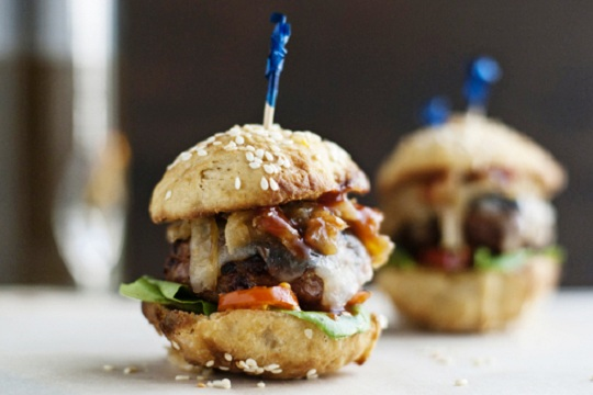 Turkey Sliders with Caramelized Onions from Jelly Toast