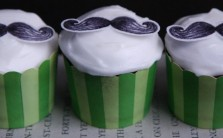 Moustache cupcake 2